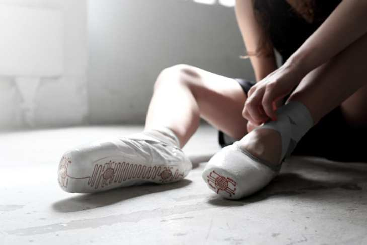 pointe shoes e-traces