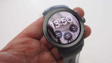 שעון LG ספורט