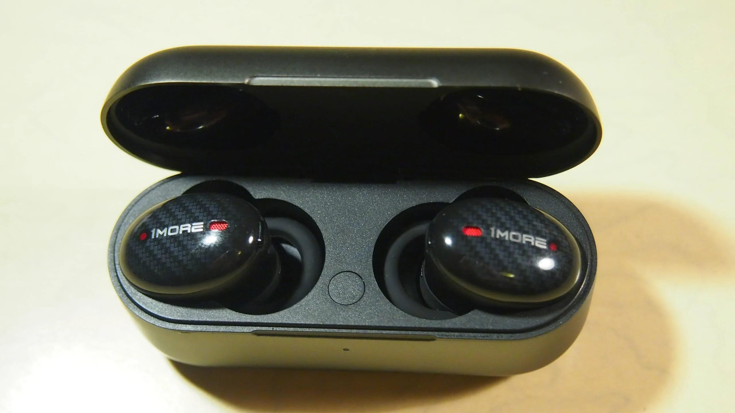 אוזניות 1More ANC