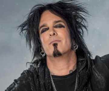 Turns out NIKKI SIXX is not a STEEL PANTHER fan