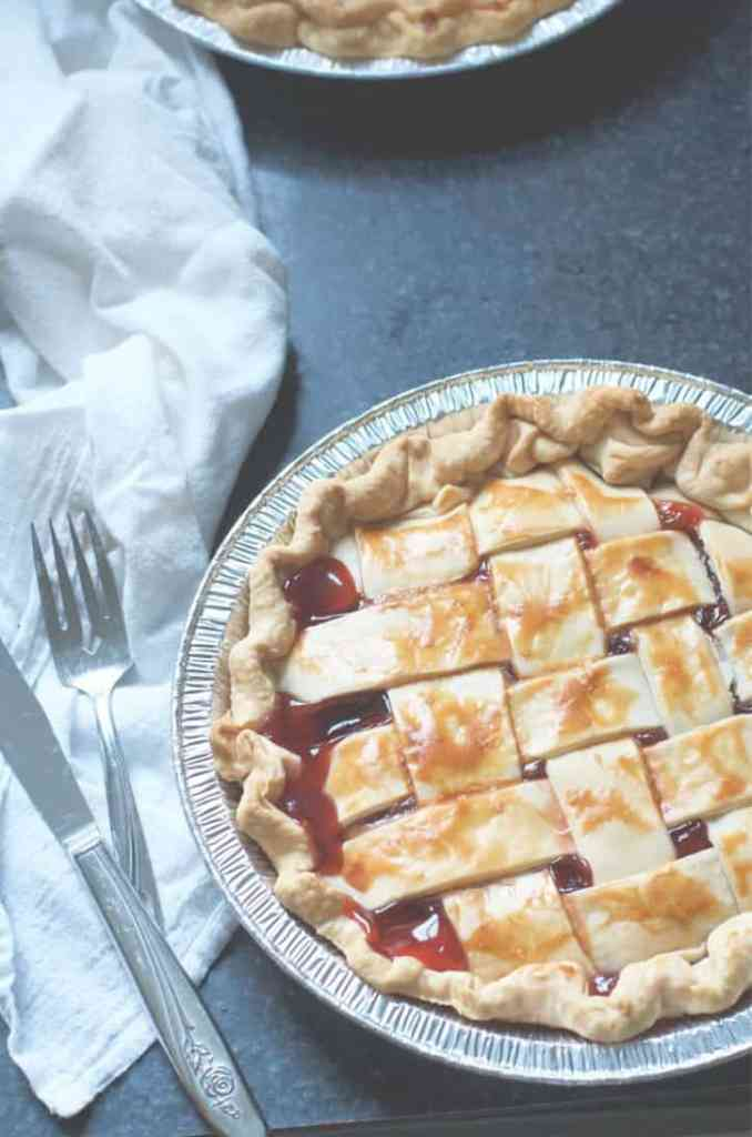 A shot from above forHow to make cherry pie with cherry pie filling