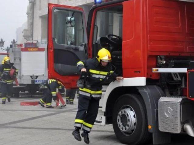 Požar u Krnjači, jedna osoba povređena