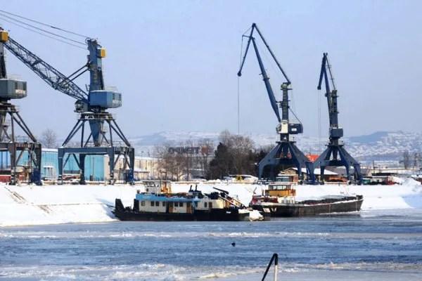 Stiže Luka Beograd na levu obalu Dunava - 2014