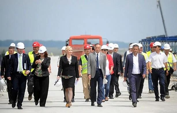 Zorana Mihajlović opet obilazi most Zemun - Borča - 2014