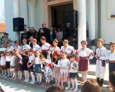 Galerija | Najmlađi folkloraši na proslavi Uskrsa u Kotežu - 2015