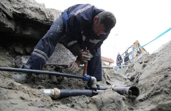 Popova bara bez vode. Vodovod apeluje: smanjite potrošnju vode! 2015
