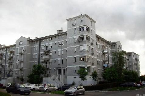 Sivi dom :D — in Borca.