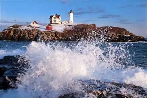 Cape Neddick (Nubble) Lighthouse at High Tide