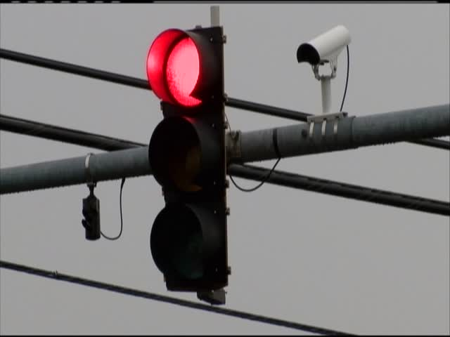Red light cameras in Hagerstown_14088441-159532