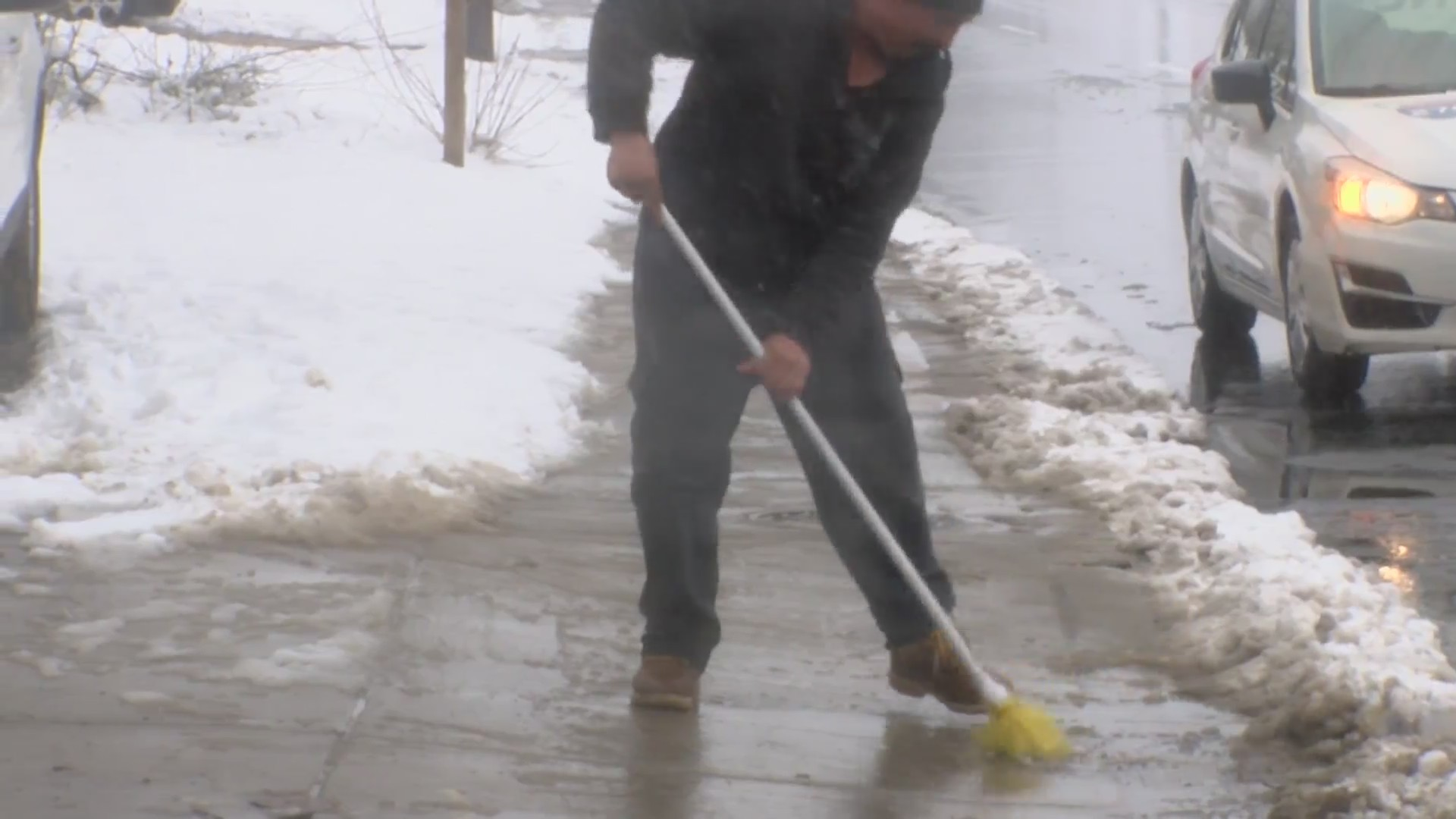 Shoveling_safety_tips_0_20180322022347