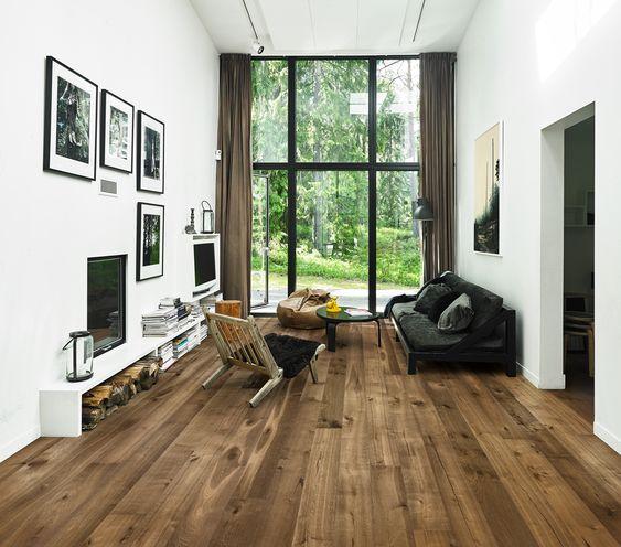 Solid Oak Wood Floor Wood Floor That Is Attractive Durable And