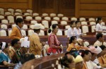 Dawn of a new era in Myanmar as Aung San Suu Kyi's party takes over - 5