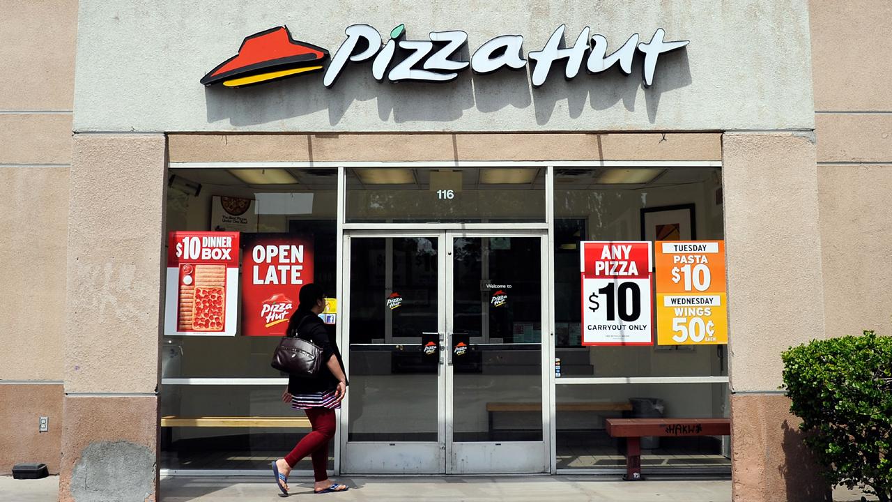 Pizza%20Hut%20in%20Los%20Angeles_1466495850893_105713_ver1_20170119155100-159532