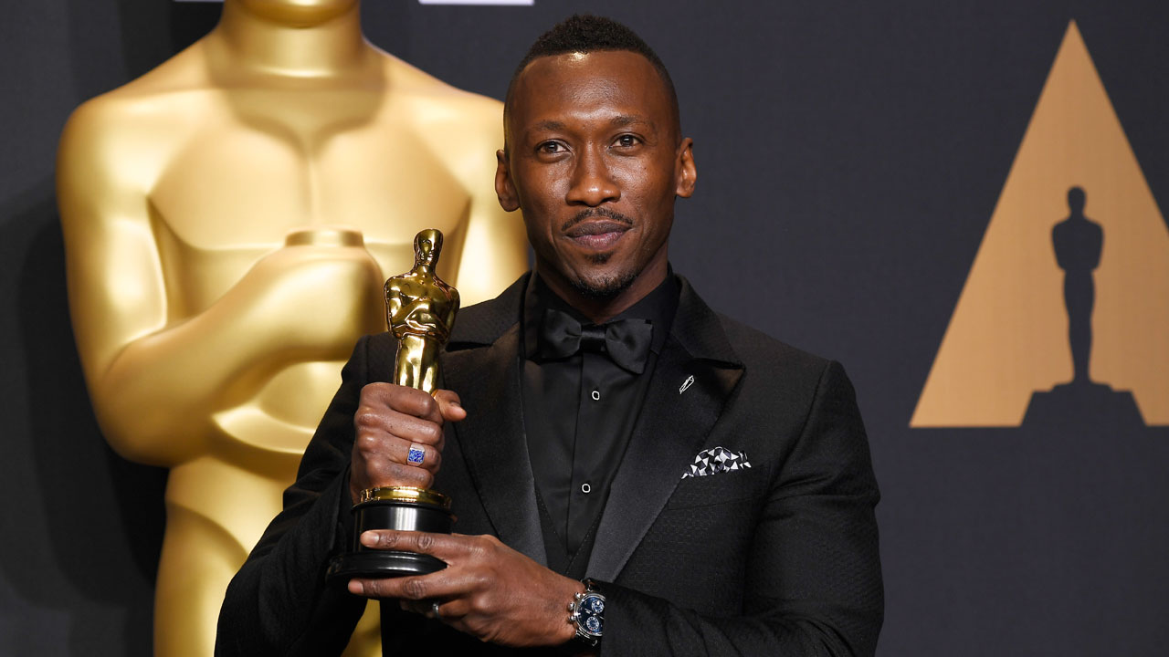 Mahershala Ali with Best Supporting Actor Oscar91915804-159532