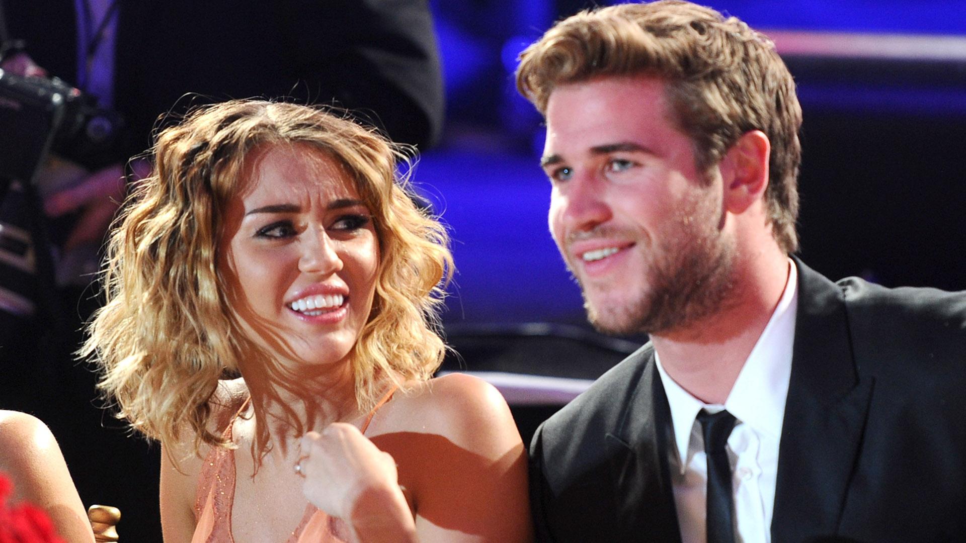 Miley Cyrus Liam Hemsworth 201292136472-159532