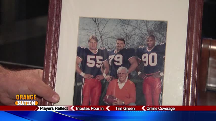 Former SU football players remember beloved Coach Mac