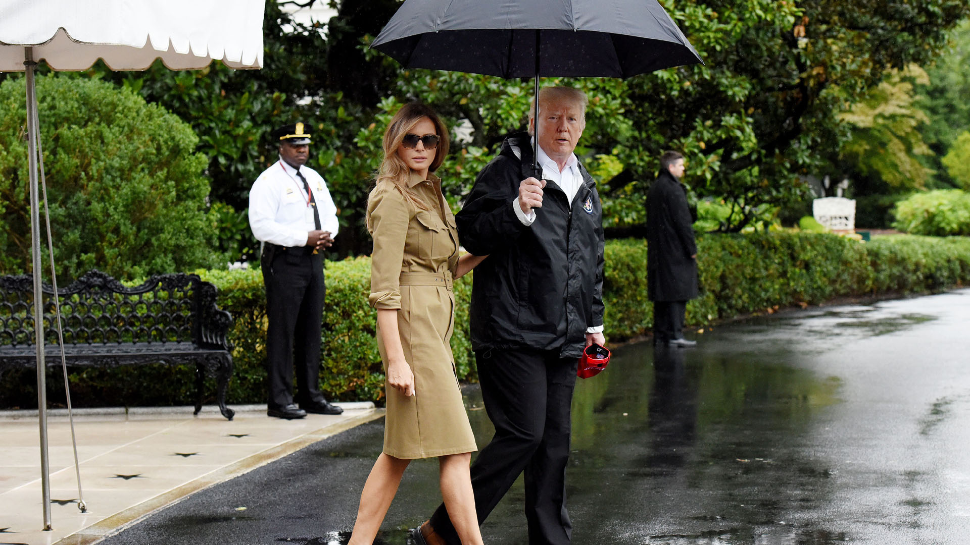 Melania Donald Trump leave for Texas for second time after harvey70381023-159532