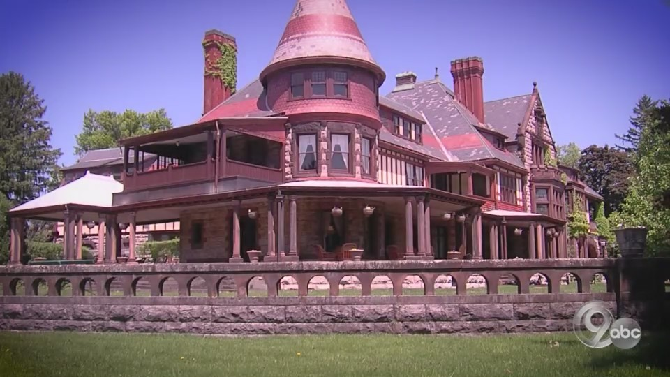 Extraordinary People and Places of Central New York: Sonnenberg Gardens