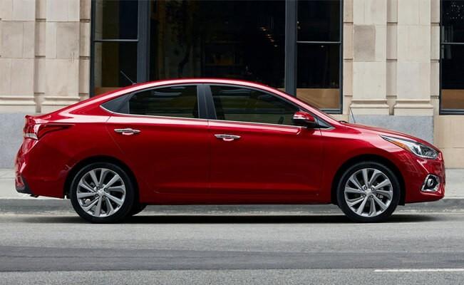 Hyundai Accent - new cars under $ 12000