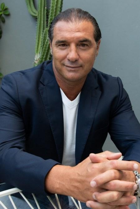 LORENZO AMORUSO CELEBRITY AGENZIA LO CASCIO MANAGEMENT