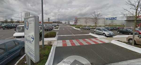 Leclerc location Beynost