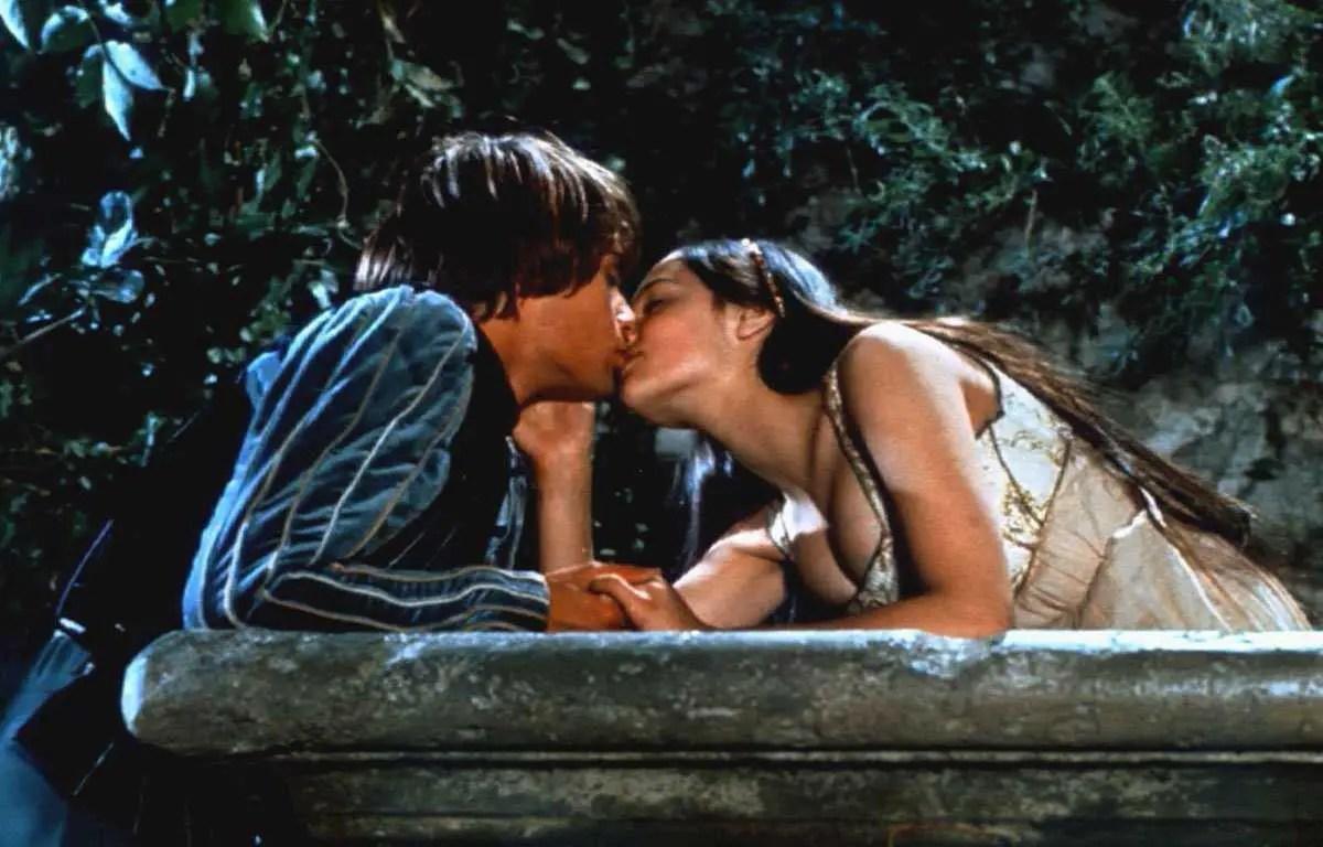 Romeo e Giulietta scena del film