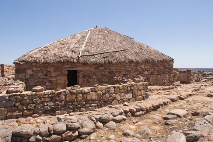 Reconstrucción de una casa celtíbera de Numancia