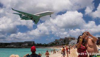 La playa de los aviones en la isla de Sint Maarten