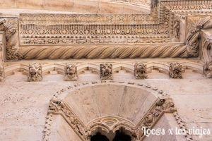 Friso de la catedral de Santiago de Sibenik