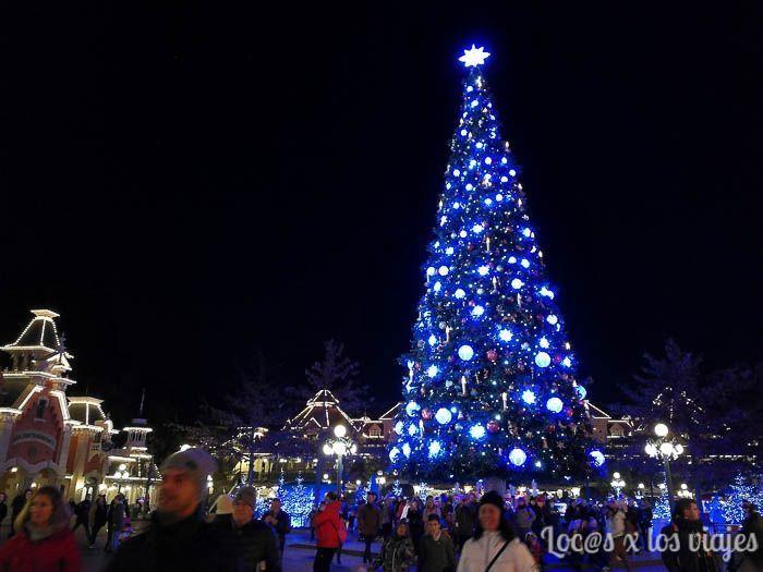 Decoración navideña en Disneyland París