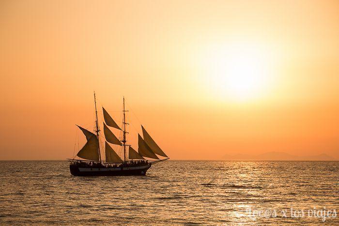 Santorini: Atardecer en Amoudi