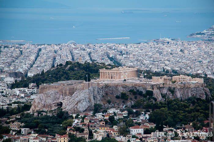 Atenas: la Acrópolis vista desde la colina Licabeto
