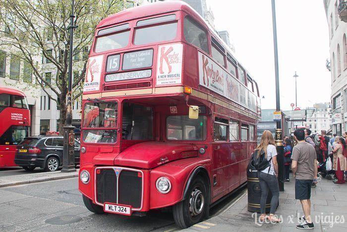 Típico autobús de dos plantas de Londres