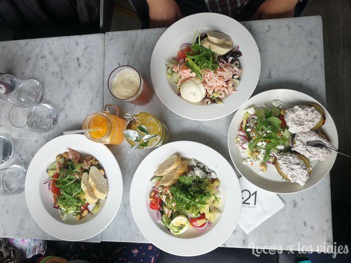 Comida en el Café&Bar 21