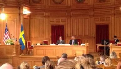 Amerikaans minister van justitie Eric Holder in het Zweedse parlement