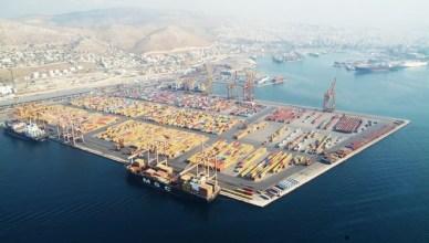 De Griekse havens (hier Piraeus) worden in theorie aan de hoogste bieder verkocht. De werkelijkheid blijkt anders te lopen. De voorspelde opbrengsten worden niet behaald