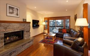Snowy Creek, 5 Bedrooms,SKI-IN/SKI-OUT Location, Hot Tub Photographs