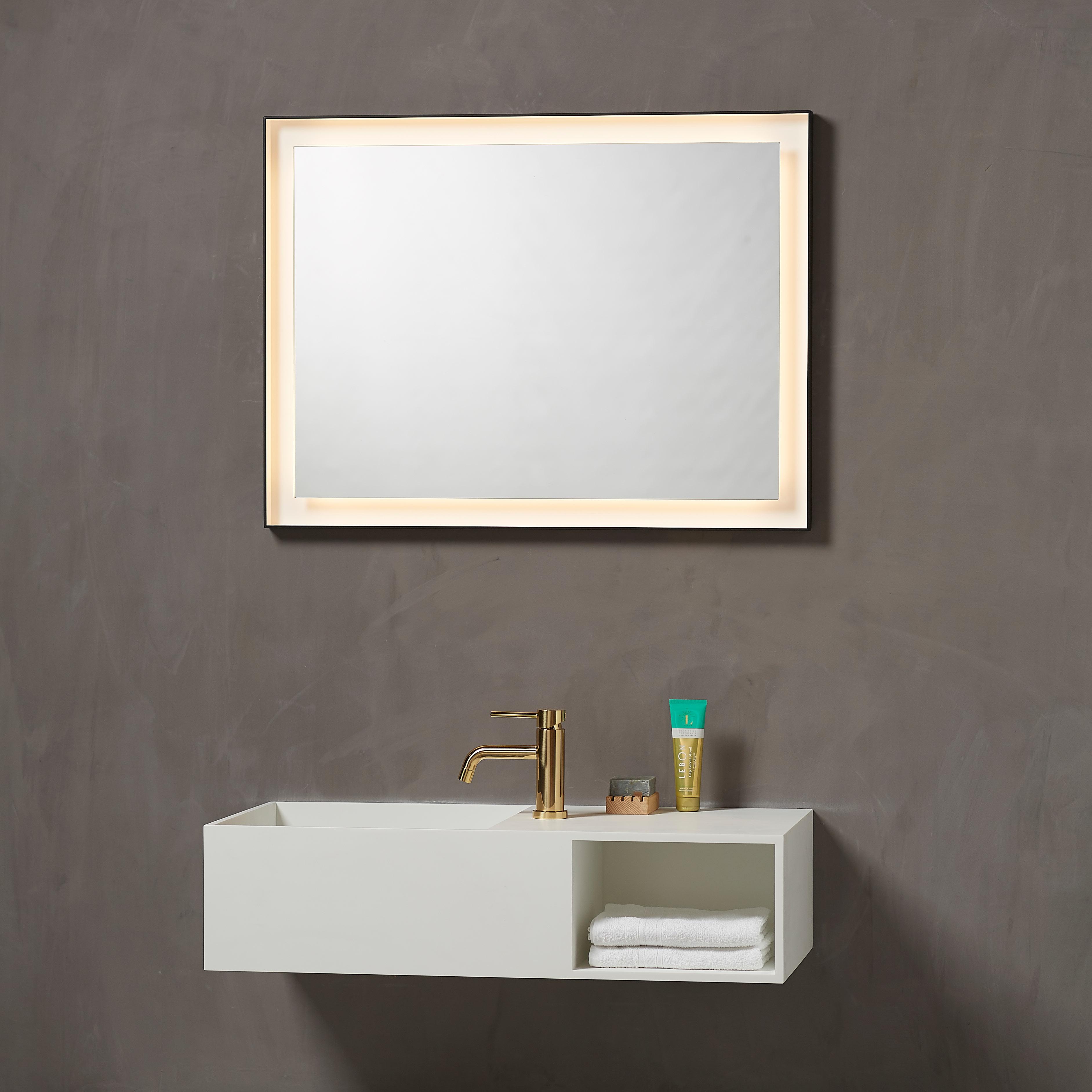 Pisa spejl med lyset tændt fra Loevschall