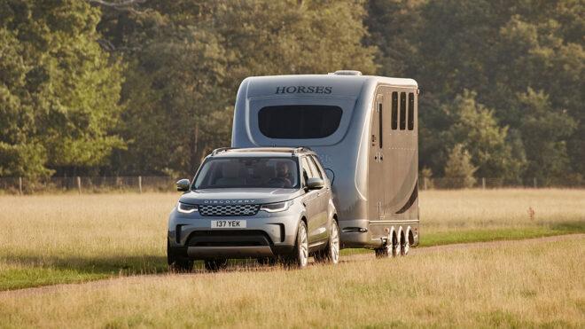 7 kişilik teknoloji üssü; Yeni Land Rover Discovery ile tanışın 22
