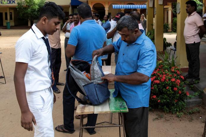 [NEWS] Empty classrooms: Sri Lanka schools re-open amid fears of more militant attacks – Loganspace AI