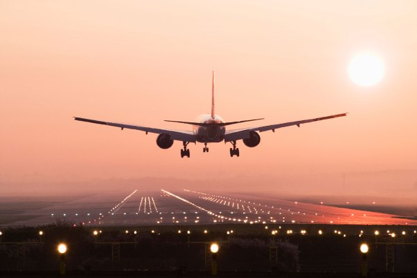 [NEWS] Drone sighting at Germany's busiest airport grounds flights for about an hour – Loganspace