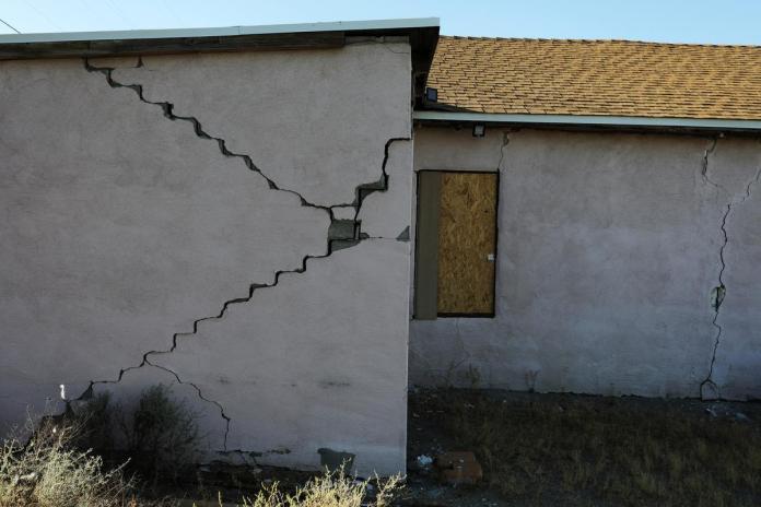 [NEWS] Strong aftershock jolts same California desert region day after major quake – Loganspace AI