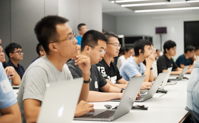 [NEWS] Apple opens app design and development accelerator in China – Loganspace