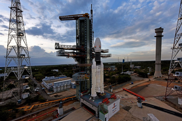 [NEWS] Watch ISRO's historic Chandrayaan-2 Moon mission rocket launch live – Loganspace