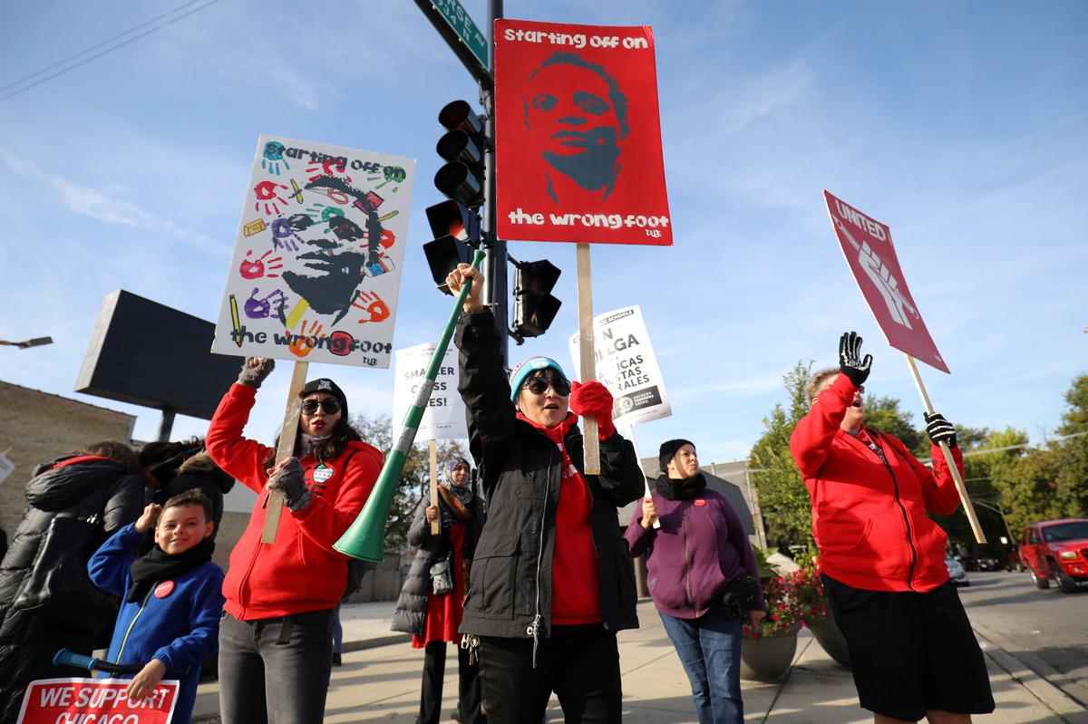 [NEWS] 'Hopes dashed': Chicago teachers strike to enter fourth school day – Loganspace AI