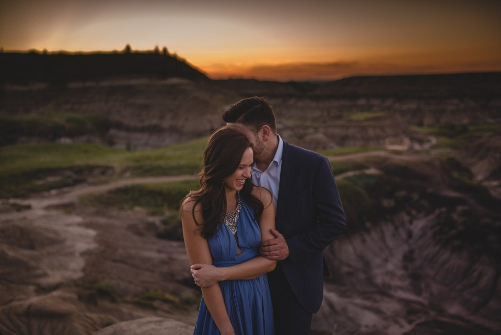 drumheller-engagement-sunset