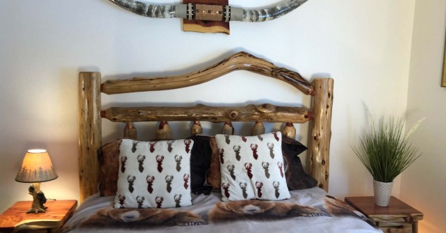 These Luxury Log Cabin Apts are furnished with High Quality Handcrafted Amish Log Furniture