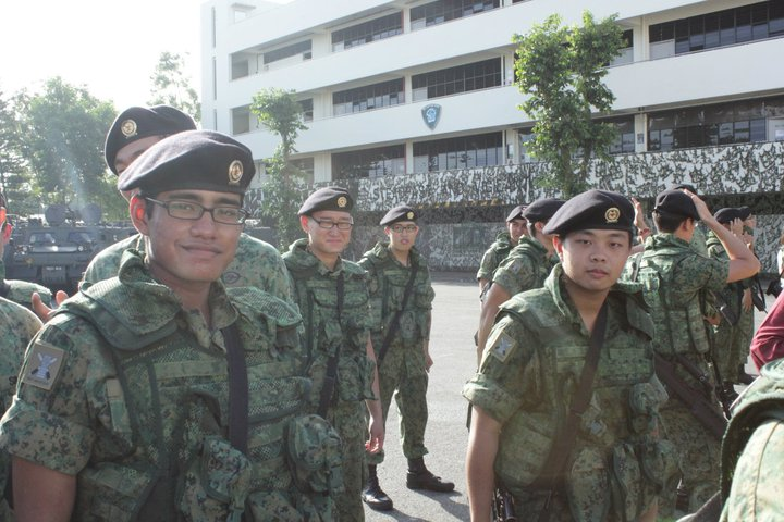 Logen Lanka At Graduation Of Trade Course At Armour Regiment