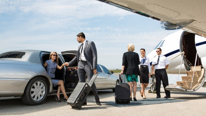 How To Start An Airport Shuttle Business (The Beginners Guide)