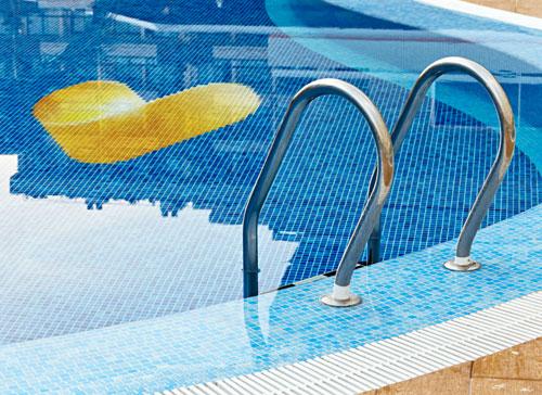 Thomas Cook pool